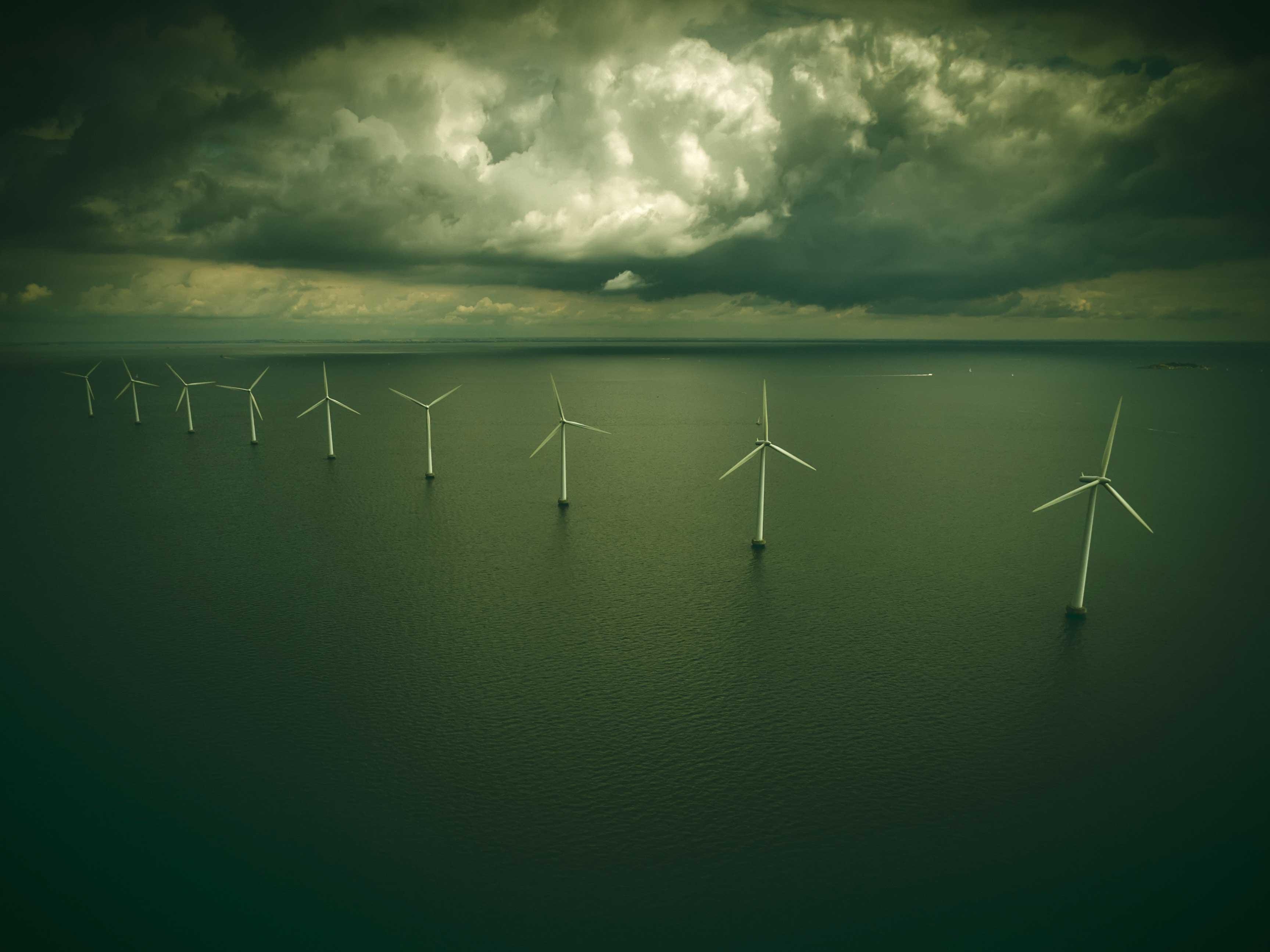 Drone-video-windturbines-3455x2590