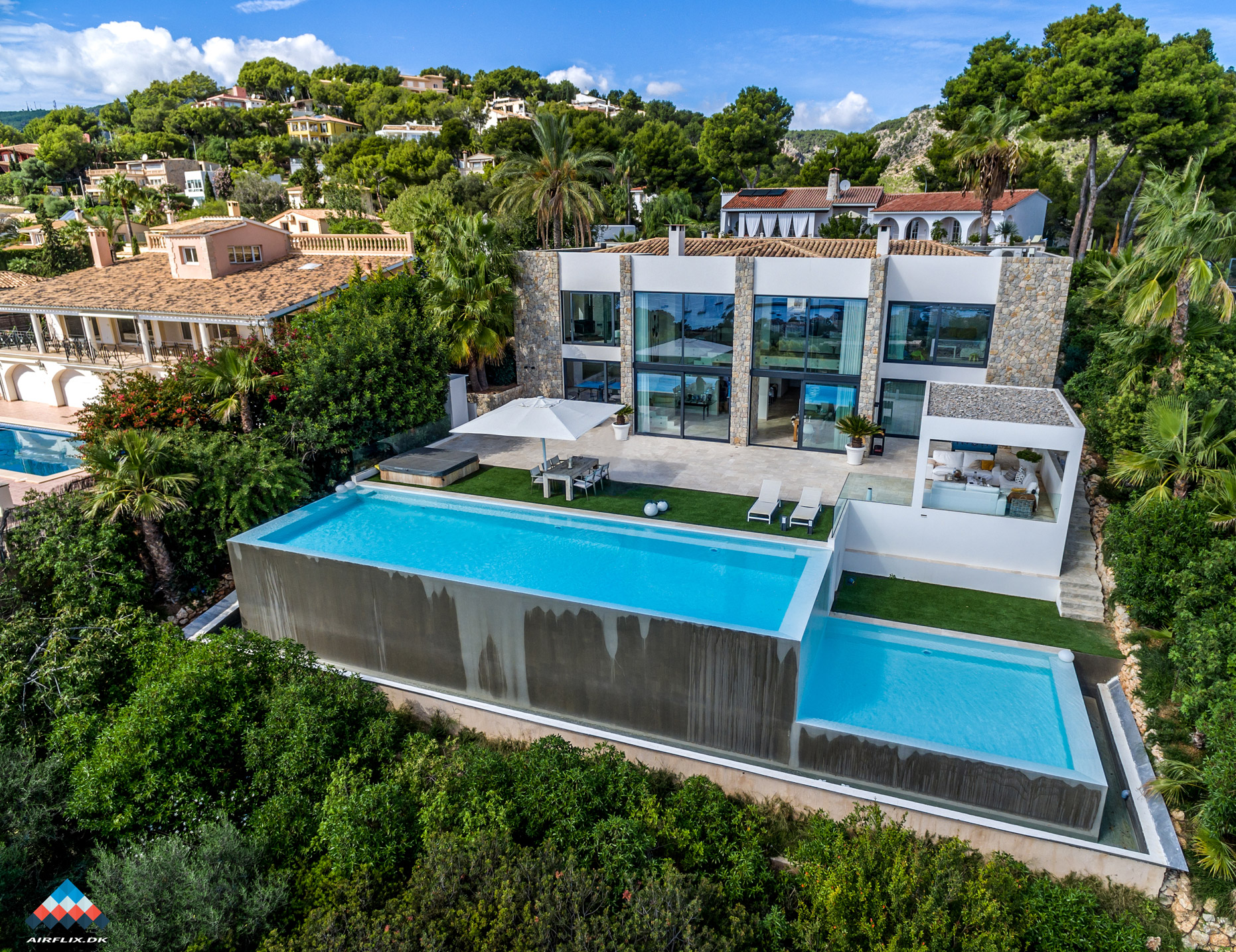 luxury-villa-drone-photo